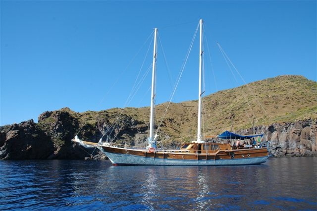 Gulet Pallas: weekly cruises to Aeolian Islands